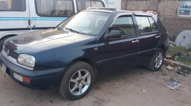 Well Maintained Naija Used 1999 Volkswagen Golf for sale-1