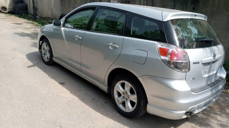 Foreign Used Toyota Matrix 2007 Model Silver-4