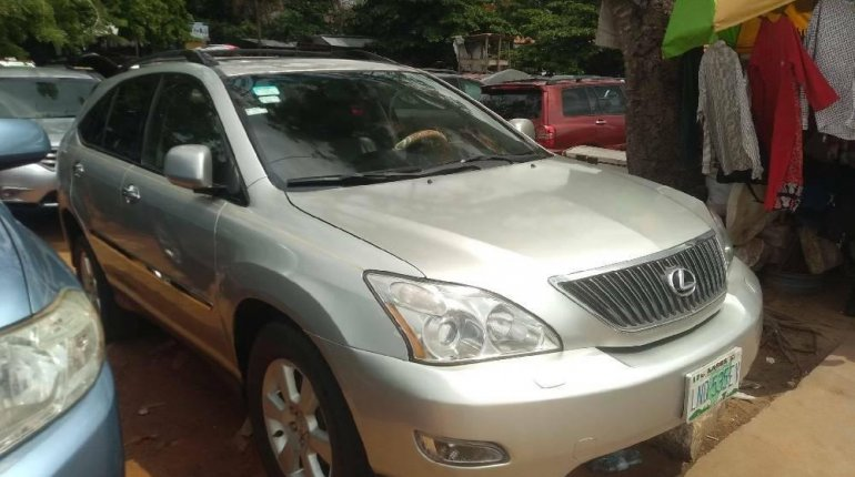 Nigeria Used Lexus RX 2005 Model Silver-0