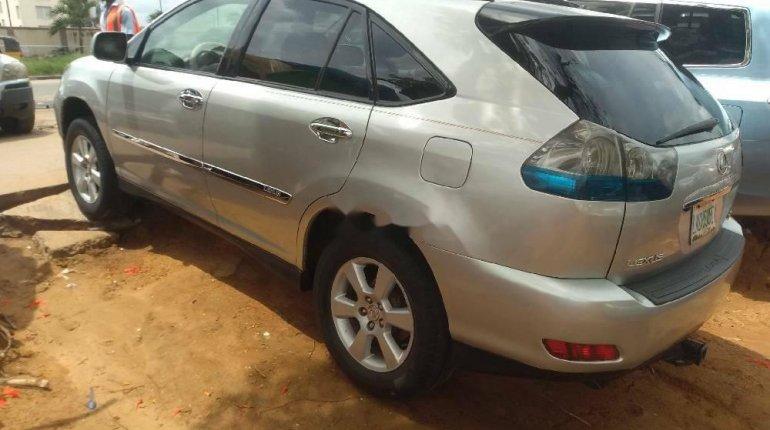Nigeria Used Lexus RX 2005 Model Silver-3