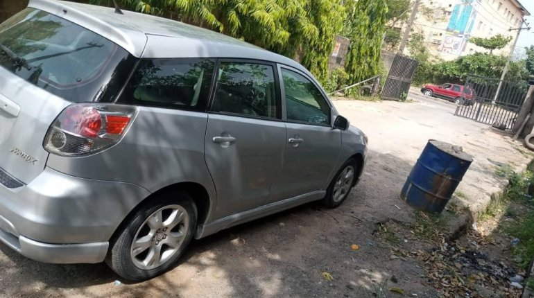 Foreign Used Toyota Matrix 2007 Model Silver-1