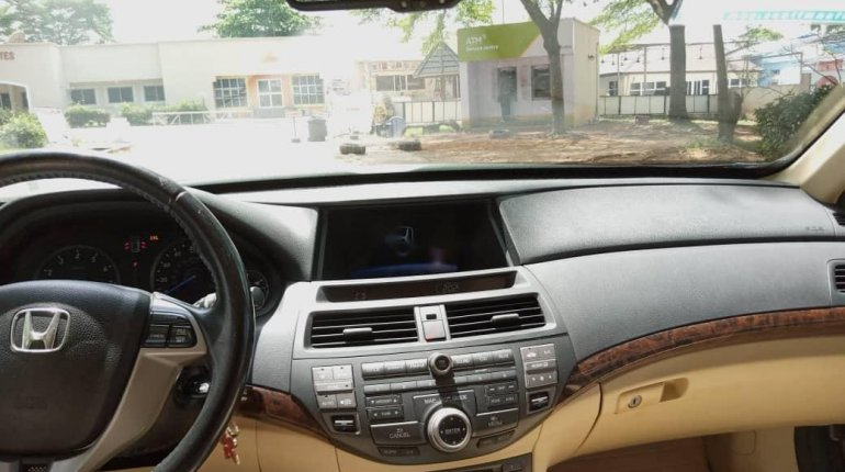 Foreign Used Honda Accord CrossTour 2010 Model Silver-12