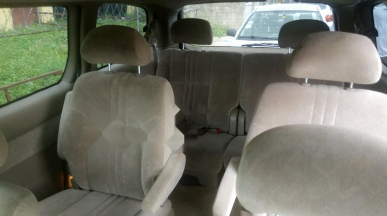 Foreign Used Toyota Sienna 2000 Model Gray-6