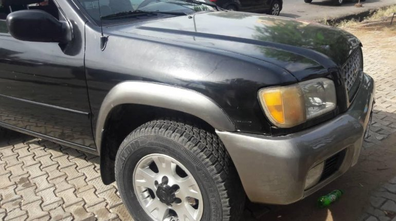 Naija Used 2001 Nissan Pathfinder for sale-8