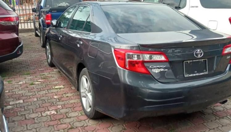 Foreign Used Toyota Camry 2014 Model Gray-2