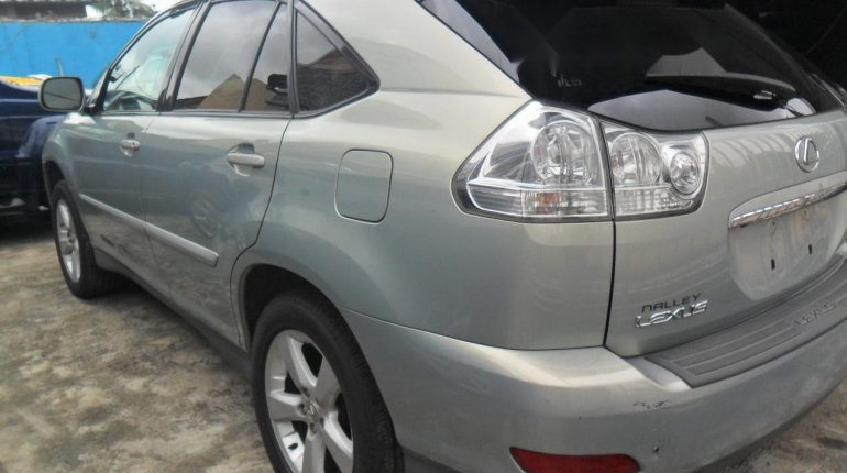 Foreign Used Lexus RX 2004 Model Silver-8
