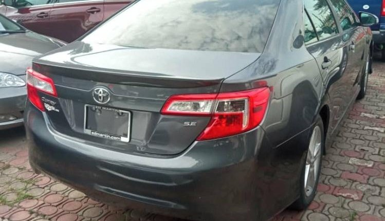 Foreign Used Toyota Camry 2014 Model Gray-5