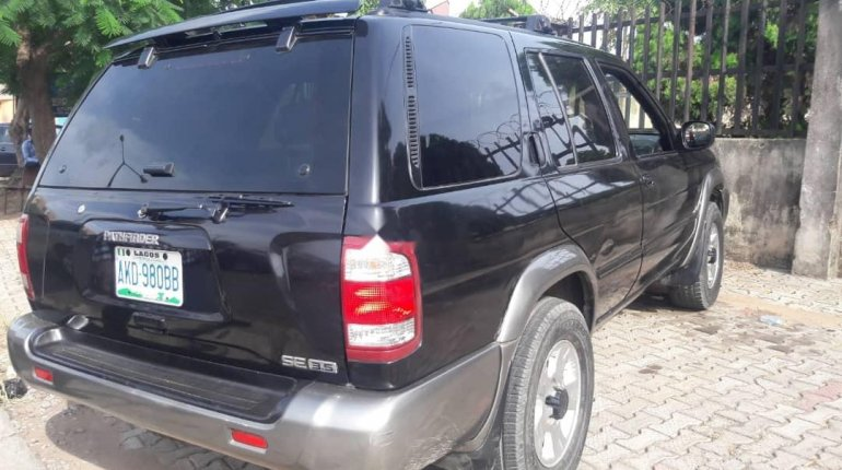 Naija Used 2001 Nissan Pathfinder for sale-1