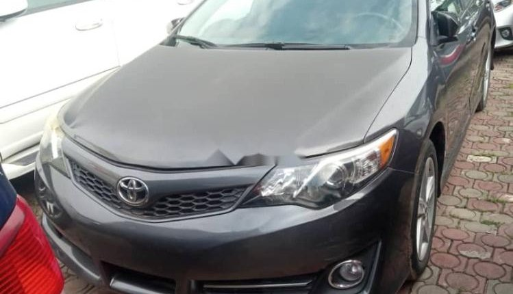 Foreign Used Toyota Camry 2014 Model Gray-0