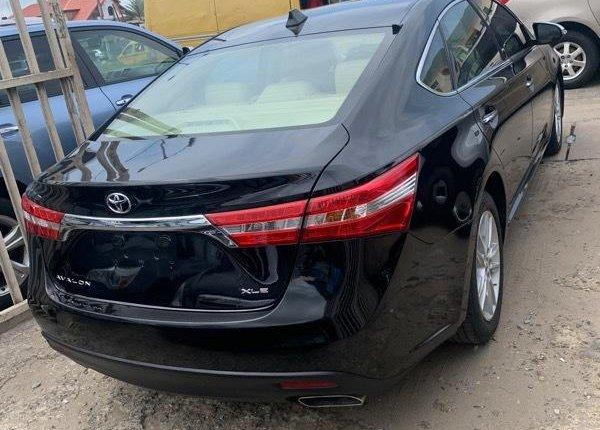 Foreign Used Toyota Avalon 2015 Model Black -5
