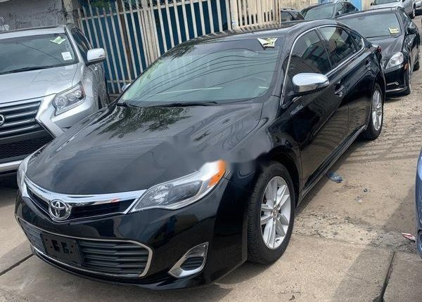 Foreign Used Toyota Avalon 2015 Model Black -0