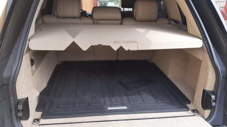 Foreign Used 2015 Black Land Rover Range Rover Vogue for sale in Lagos-6