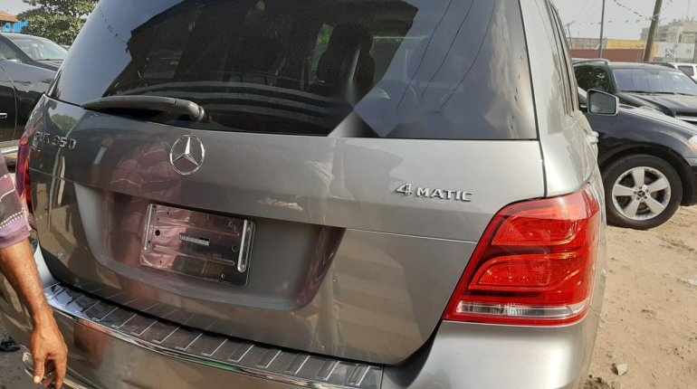 Foreign Used 2013 Grey Mercedes-Benz GLK for sale in Lagos. -6