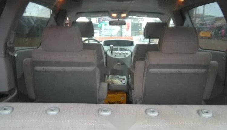 Clean Nigeria Used Nissan Quest 2006 Model for sale-6