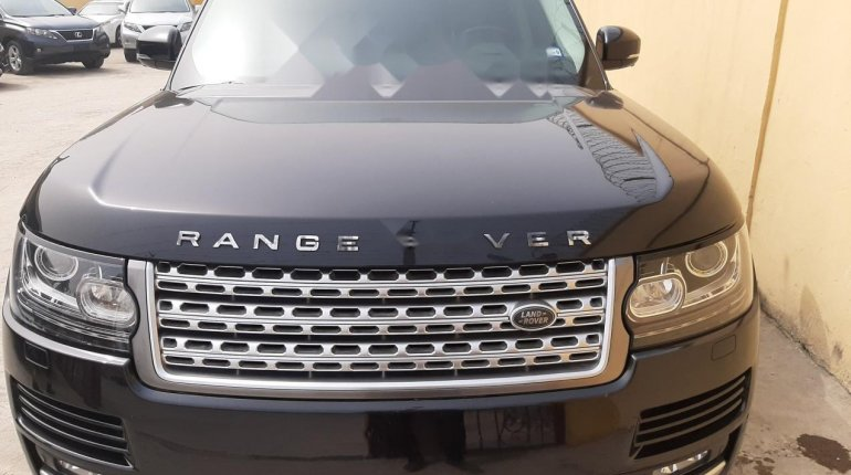 Foreign Used 2015 Black Land Rover Range Rover Vogue for sale in Lagos-0