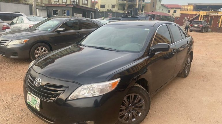 Very Clean Naija Used Toyota Camry 2008 Model for sale-1
