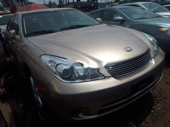 Clean Foreign Used 2005 Gold Lexus ES for sale in Lagos-0