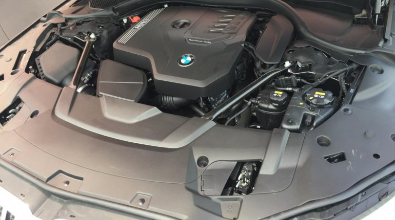 Brand New 2020 Black BMW 7 Series for sale in Lagos. -9