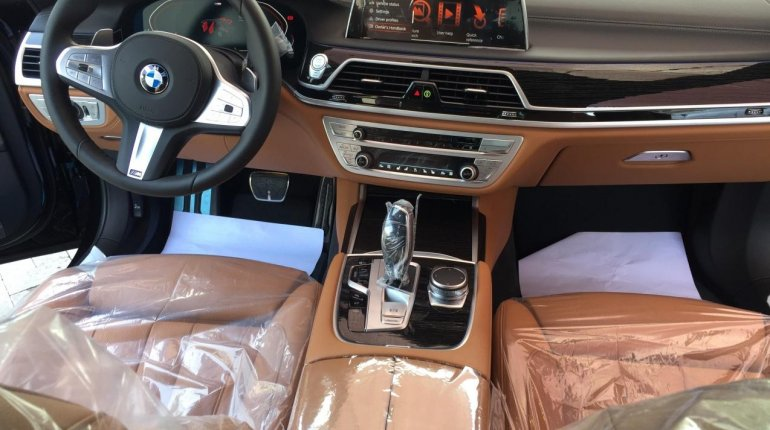 Brand New 2020 Black BMW 7 Series for sale in Lagos. -2