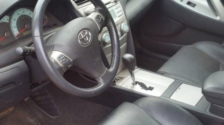 Foreign Used 2007 Red Toyota Camry for sale in Lagos.-4