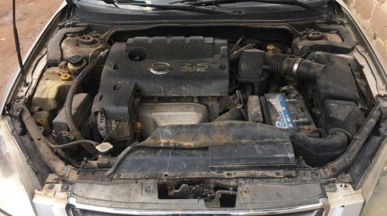 Naija Used Nissan Altima 2005 Model for sale-8