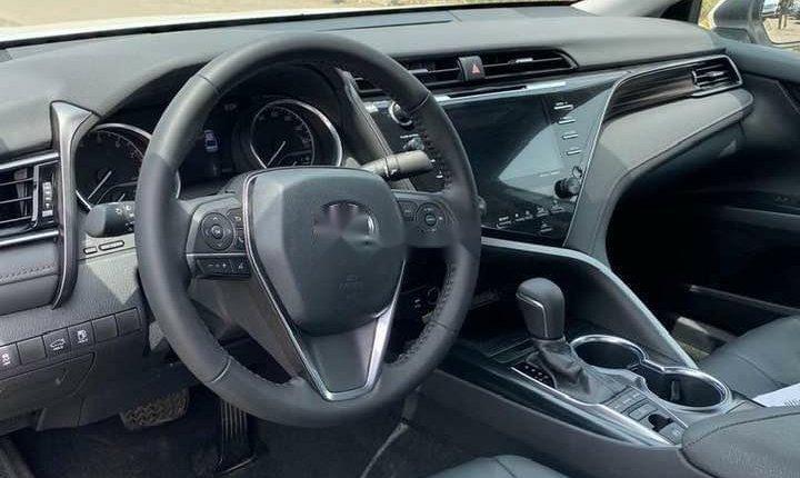 Toyota Camry 2018-13
