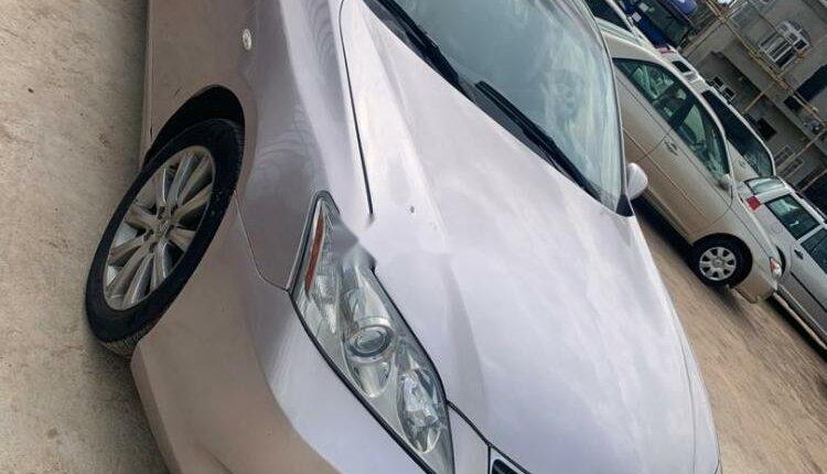 Lexus ES 2010 ₦4,000,000 for sale-9