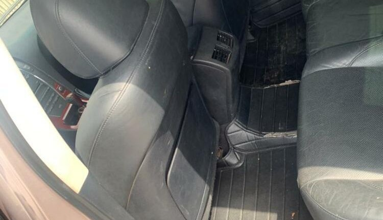 Lexus ES 2010 ₦4,000,000 for sale-3