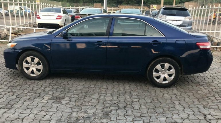 Toyota Camry 2011 ₦2,800,000 for sale-2