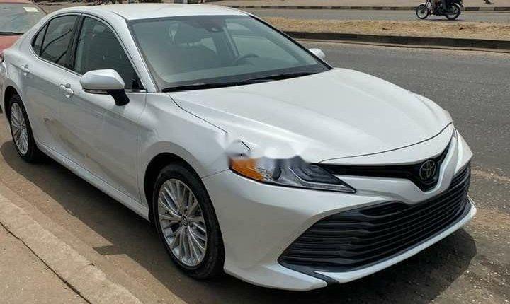 Toyota Camry 2018-2