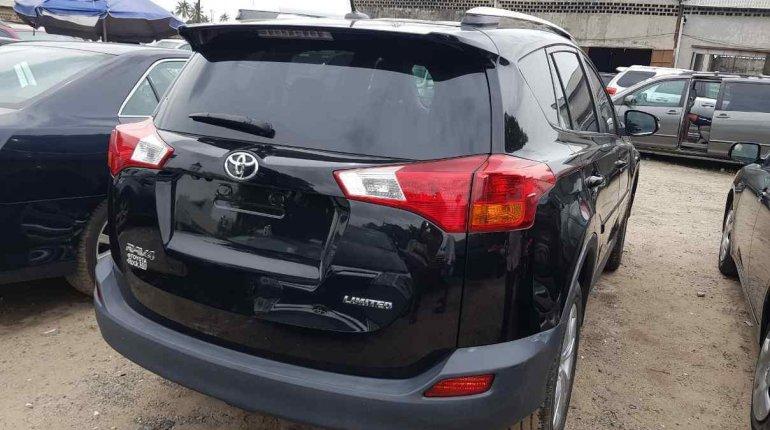 Toyota RAV4 2014-4