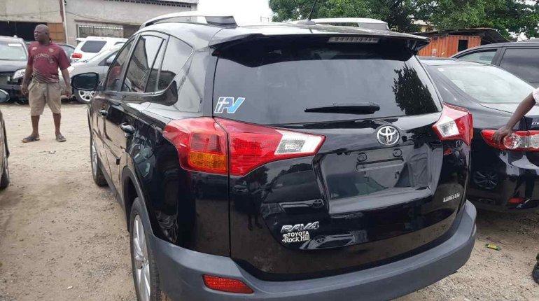 Toyota RAV4 2014-3