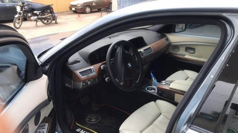 BMW 7 Series 2007-7