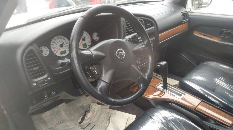 Nissan Pathfinder 2003-1