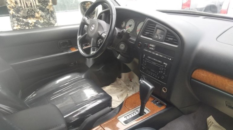 Nissan Pathfinder 2003-4