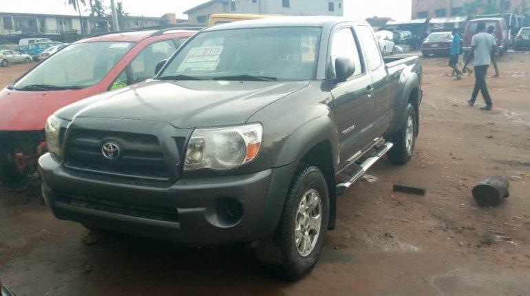 Toyota Tacoma 2010 ₦4,500,000 for sale-2