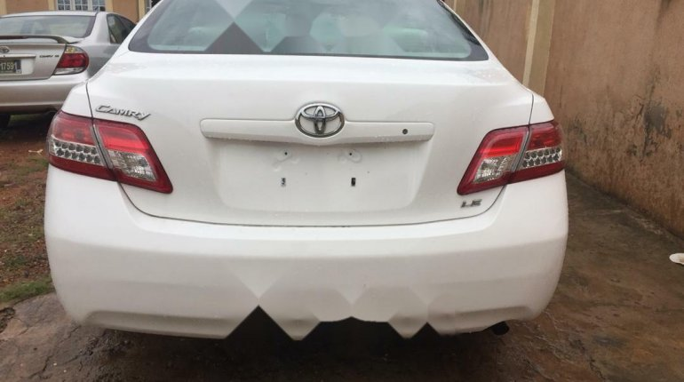 Well maintained 2010 Toyota Camry for sale at price ₦2,700,000-1