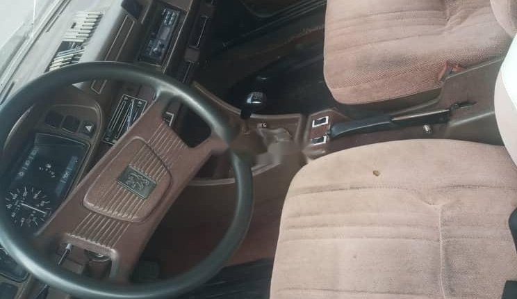 1990 Peugeot 504 for sale in Lagos-3