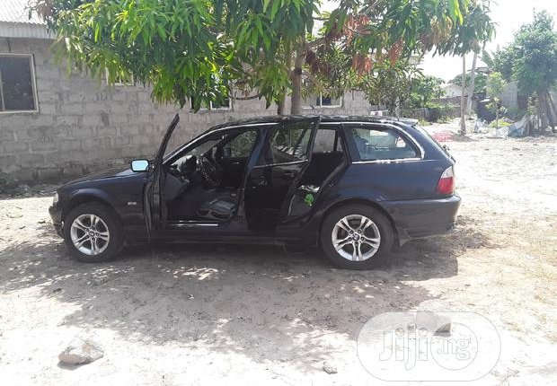 BMW 320i 2003-3