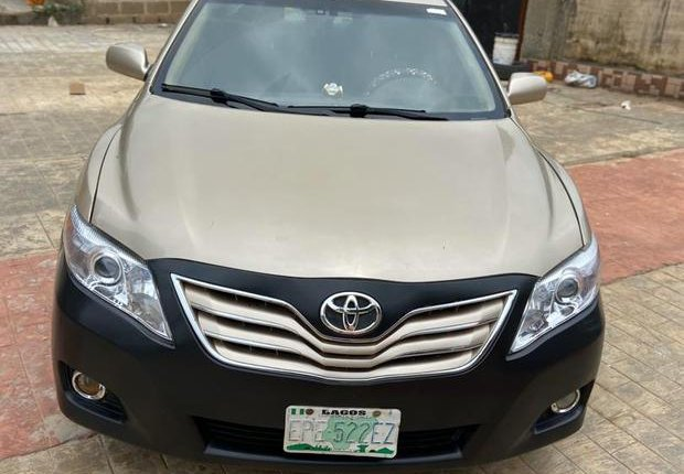Sell 2009 Toyota Camry at price ₦1,750,000 in Ijebu Ode-1