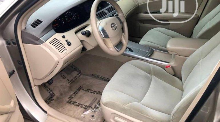 Toyota Avalon 2007 ₦1,600,000 for sale-8