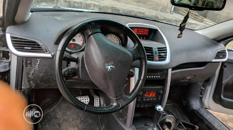 2005 Peugeot 207 for sale in Lagos-6