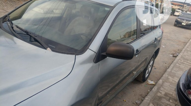 2007 Toyota RAV4 for sale in Lagos-5